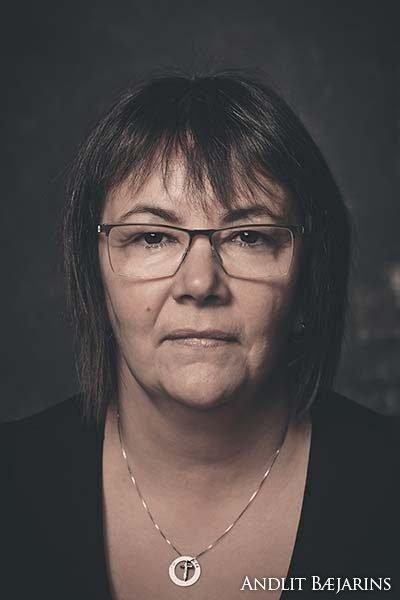 Tína Gná Róbertsdóttir